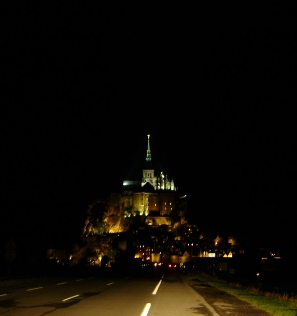 MontSaintMichel-nuit